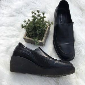 Donald J. Pliner Leather Platform Loafers Size 9M